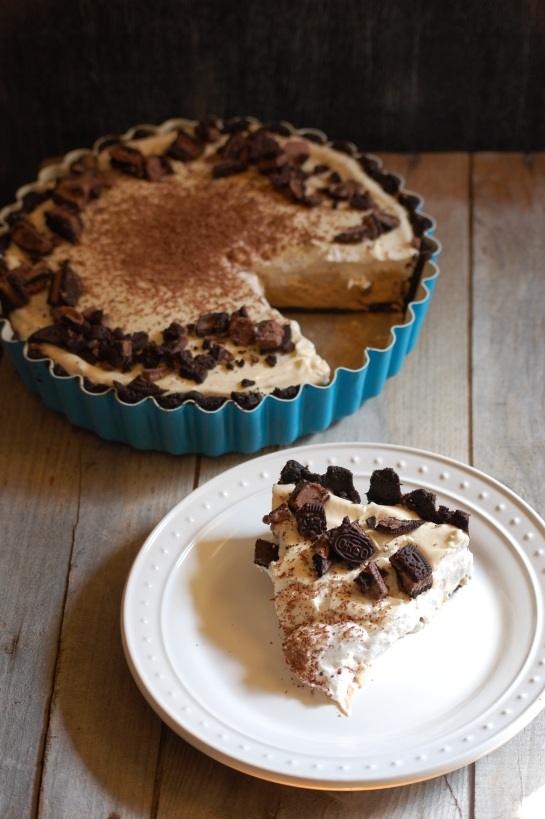 no-bake bourbon biscoff pie | sweet betweens